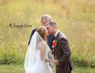 stowers-wedding-first-kiss-wv-wedding-photographer