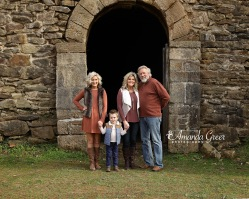 wv-family-photographer-dunbar-wine-cellar-park-6